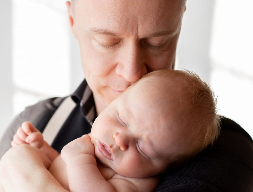 poikavauva, suudelma, Paula Nygård Photography